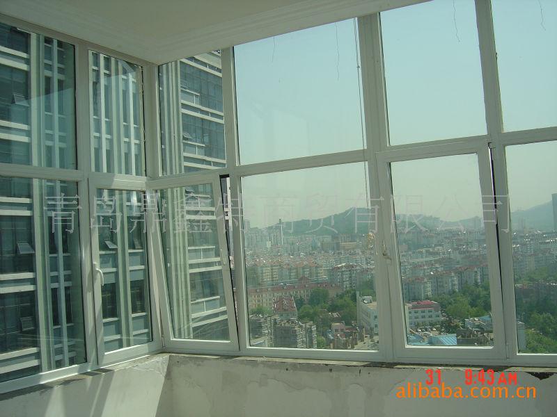 我公司主要制作安装中高档环保节能型门窗