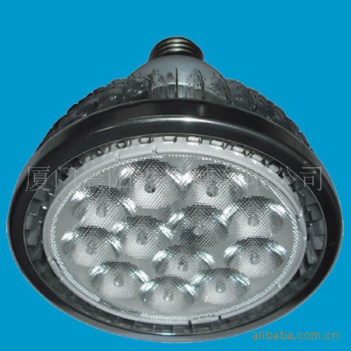 par38/本产品最高功率可以做到24W,表面温度不超过60度。用高导热...