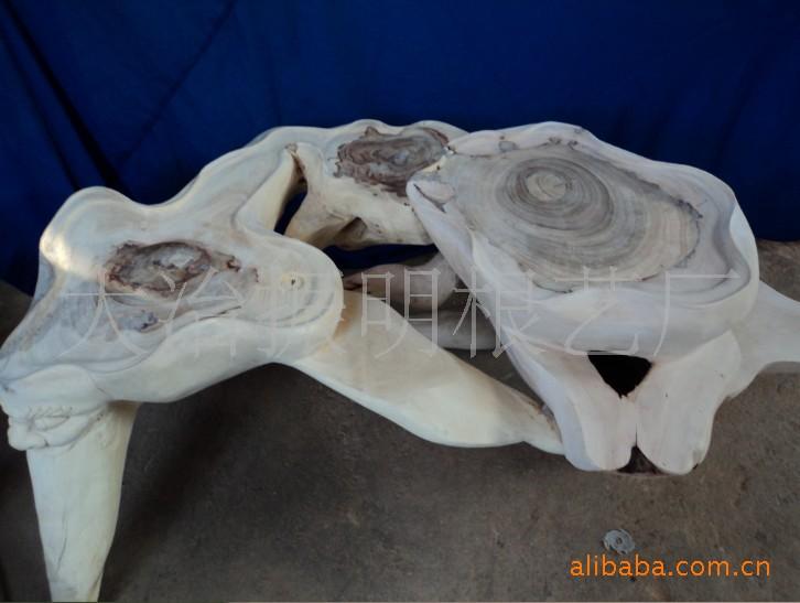 ... 造型:几何形/抽象艺术 材料来源:天然 雕刻工艺:沉雕/线雕 制