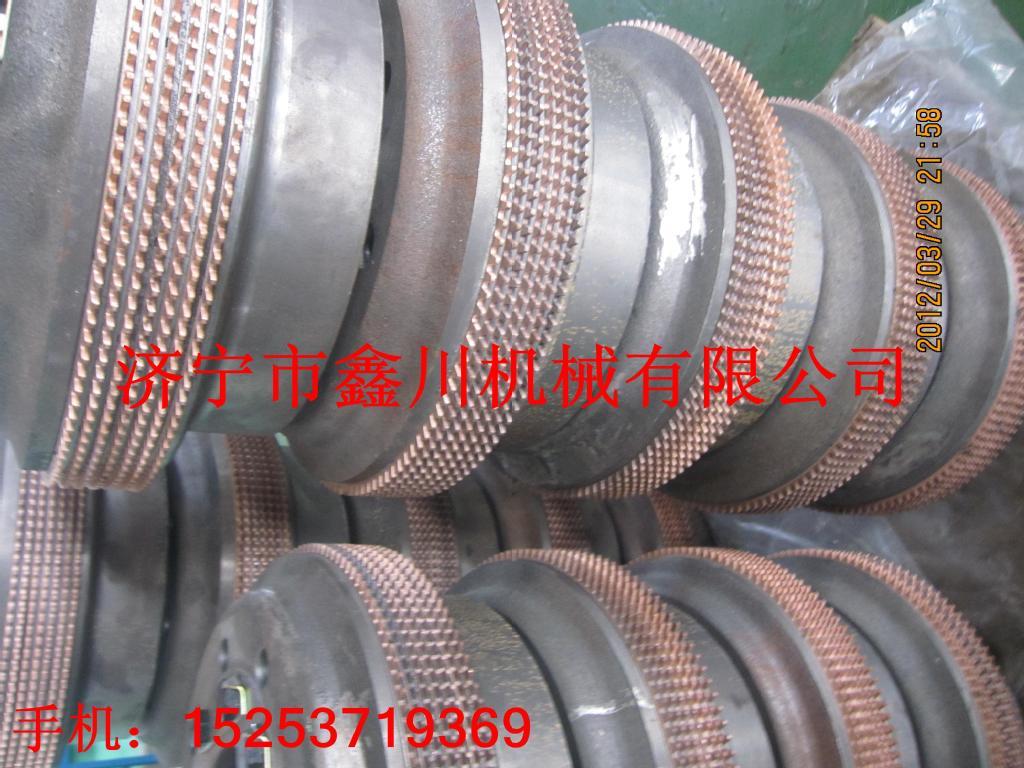 济宁市鑫川有限公司专业生产销售推土机转向离合器总成、零