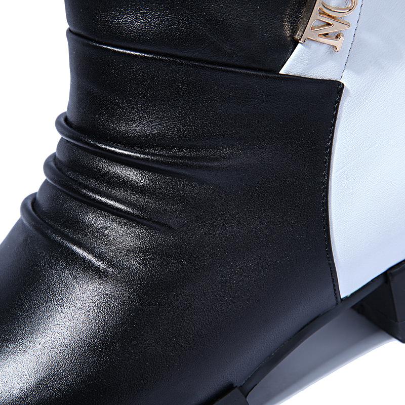 成都 真皮/质优价廉真皮平跟女靴真皮质感丝滑内里不返潮平跟女靴拼色