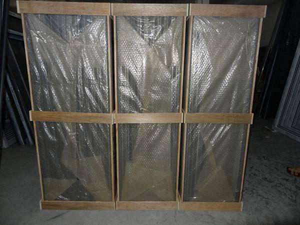 铝门窗、办公室隔断、铝木复合门窗、无框门窗、阳关房、防