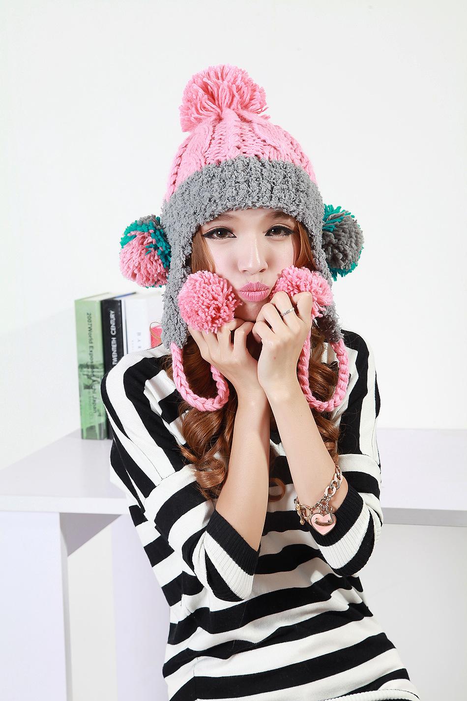 2014新款 女韩版手工编织珊瑚绒五球毛线帽子拼色针织帽护耳冬帽