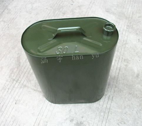 油桶 汽油桶 汽车抽油器 导油管 倒油管价格及生产厂家 原材料商务网高清图片