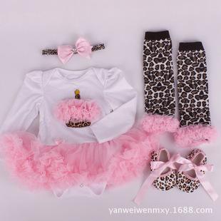 批发童裙 婴幼儿0-12月哈衣裙长袖爬服连体衣发带袜套鞋子四件套