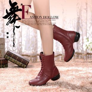 厂家直销加棉中筒真皮短女靴广场舞轻便低跟耐磨防滑冬季跳舞靴41