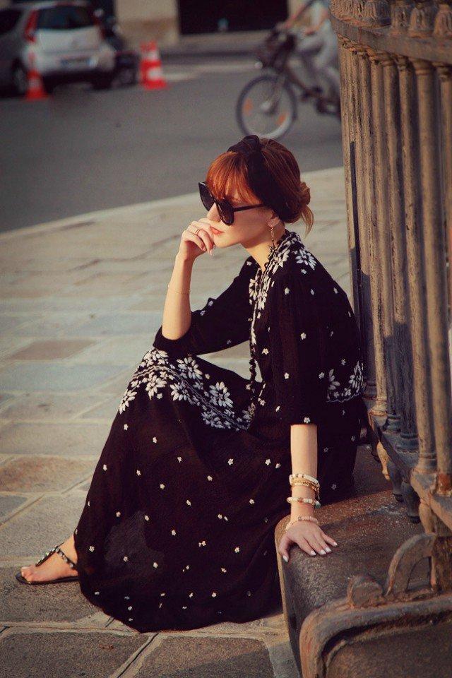 秋季女装 明星新款小辣椒同款欧美重工绣花工艺黑色连衣裙长裙