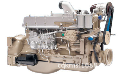 潍柴WD615.61A发动机的实物图