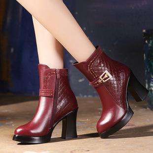 新款真皮中老年女棉靴高跟厚底女靴子粗跟防滑保暖冬鞋妈妈皮棉靴