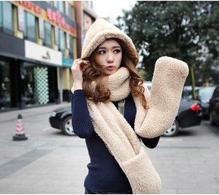批发韩版韩国秋冬女士围脖可爱双层加厚毛线围巾帽子手套三件一体