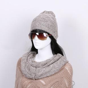 高档双层保暖羊毛+针织帽子围巾两件套 冬季中老年毛线套帽批发商