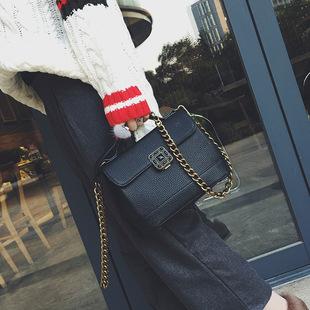 批发2017春夏新款锁扣小方包时尚链条小包手提单肩包斜挎包女包潮