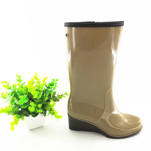 新款潮流女士坡跟厂家批发时尚雨鞋 高筒防滑耐磨工地劳保靴