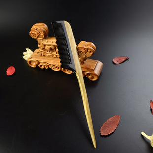天然檀木梳 牛角尖尾梳 角木梳子  角木梳  按摩护发梳 可批发
